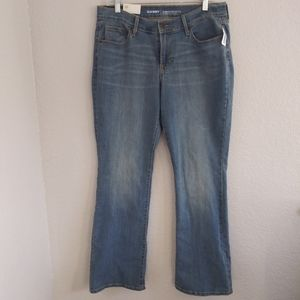 Curvy Mid Rise Boot Cut Jeans Old Navy